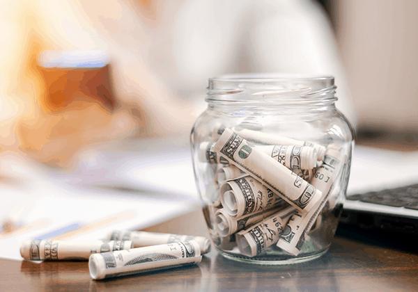 סל היתרונות באפיקים הפנסיוניים מול תיק ניירות ערך אישי